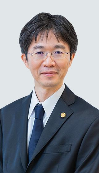 弁護士・播摩 洋平